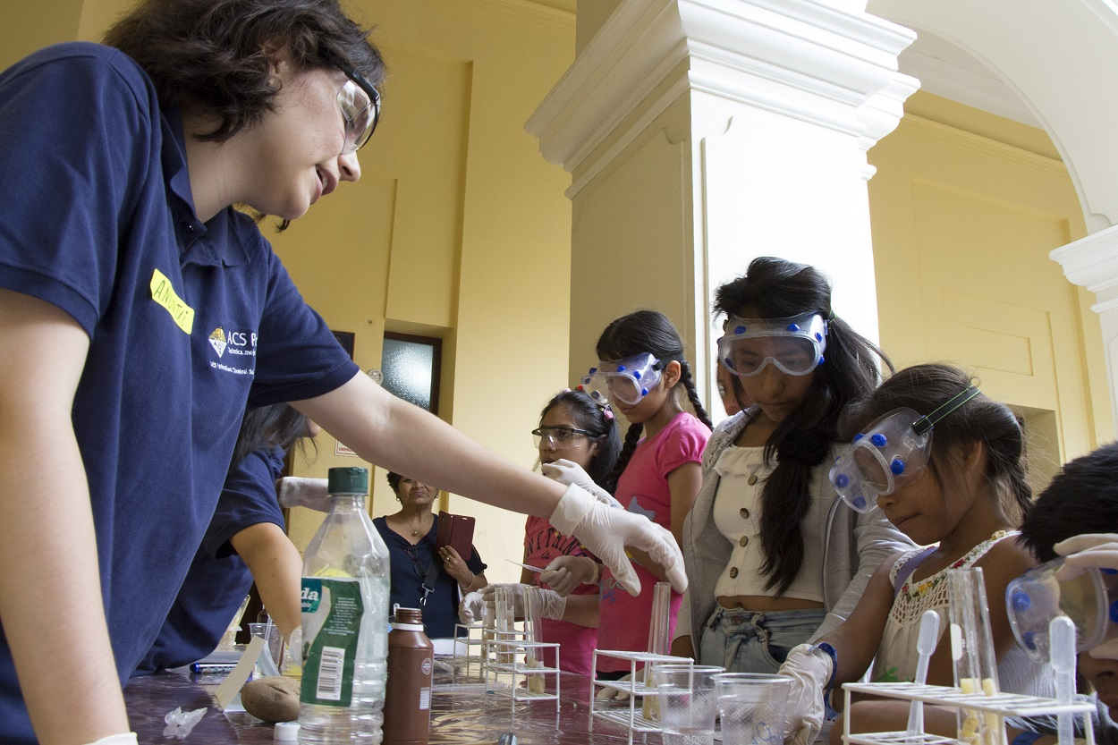foto Evento La mujer y la niña en la ciencia
